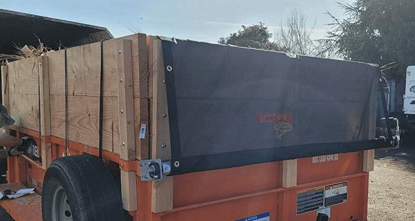 Mesh tarp at Truck back