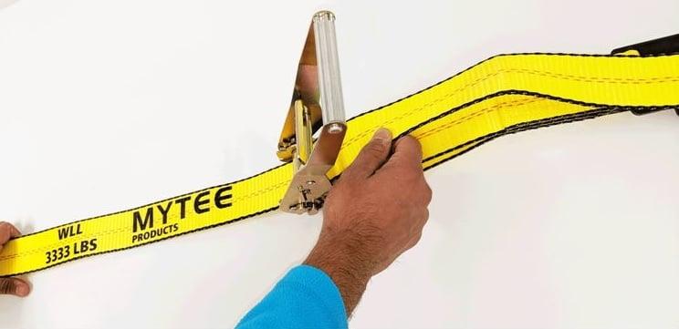 step-5-pull-ratchet-strap